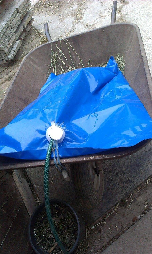 Wasserbehälter für Schubkarre H2GoBag